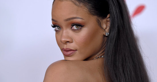 Rihanna's New Blunt Bob Channels Her 'Good Girl Gone Bad' Era