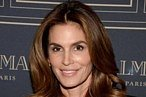 Cindy Crawford Wears Jorts, Because of the Super Bowl