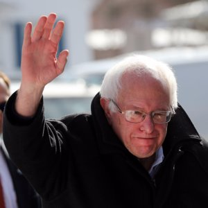 Bernie Sanders Wins New Hampshire Democratic Primary 2016