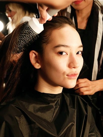 7 Insider Tips I Learned While Working at a Hair Salon