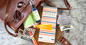 7 Things Every Girl Needs in Her Handbag