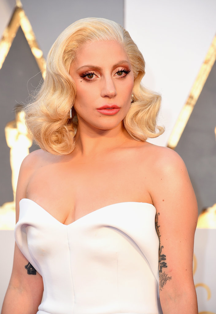 Lady Gaga Hair And Makeup At The 2016 Oscars Popsugar Beauty