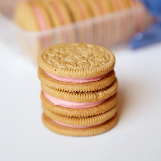 Strawberry Shortcake Oreos Review