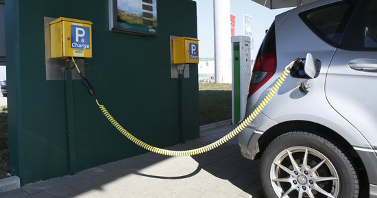 How A Country Famous For Its Auto Industry Could Embrace Green Vehicles