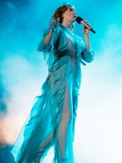 See the Magical Gucci Dresses Florence Welch Is Wearing on Tour