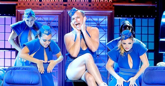 Clark Gregg Becomes Britney Spears for 'Toxic' 'Lip Sync Battle'