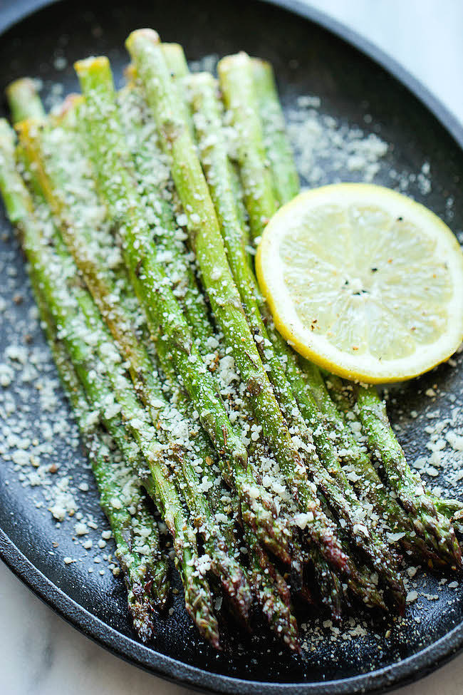 Lemon Parmesan Garlic Asparagus | 15 Garlicky Vegetable ...