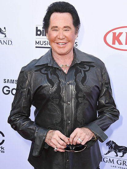 Wayne Newton Jokes He Checks the Sizes of Bras Thrown at Him: 'I Evaluate Them Before I React'