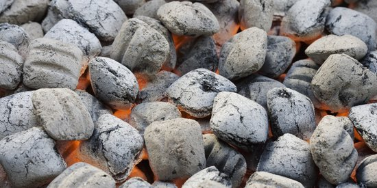 How to to Control the Heat on a Charcoal Grill