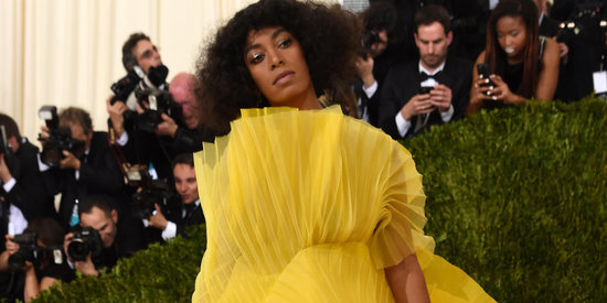Solange's Cryptic Tweet Has Us Dying To Know What Went Down At The Met Gala