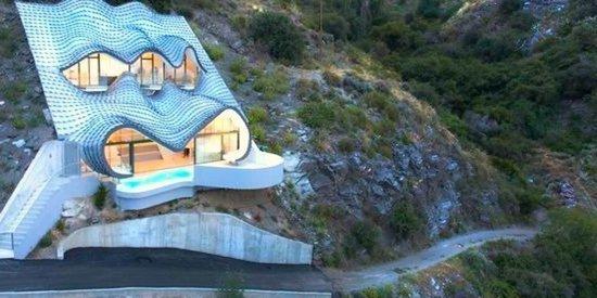 Casa Del Acantilado Is The House Of Every Hobbit's Dreams
