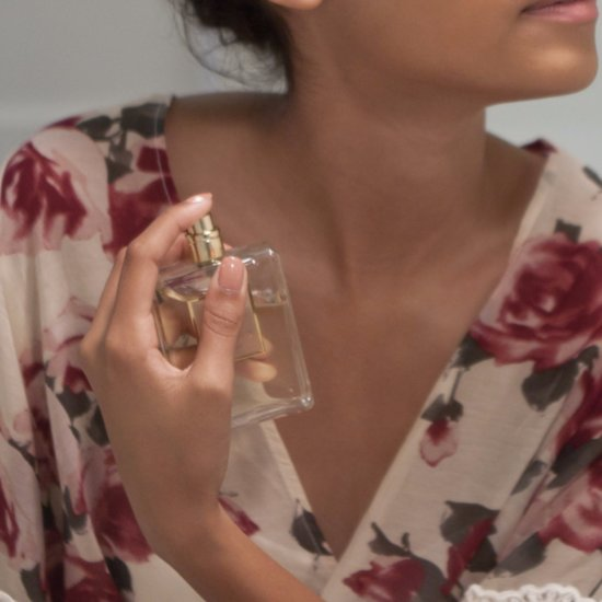 How to Smell Good Without Even Applying Perfume