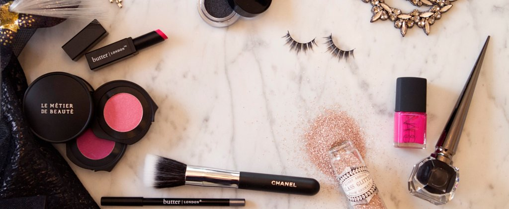 Watch How You Can Revive Your Broken Makeup in Just 10 Seconds