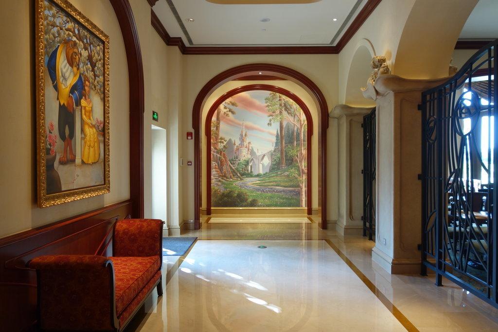 Fanciest Rooms At Disneyland Hotels