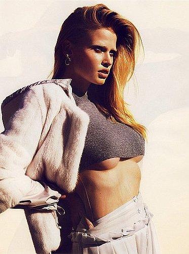 Lara Stone + Reverse Cleavage = OMG!