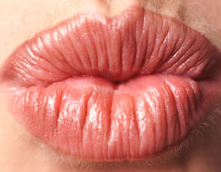 How to Keep Your Lips From Chapping