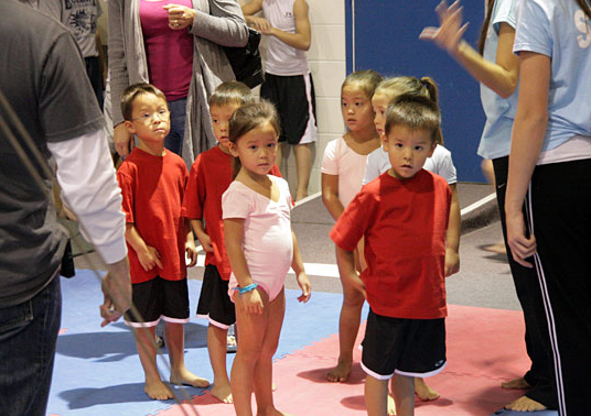 "Jon and Kate Plus 8: ""Gymnastics and Baseball"" Episode"