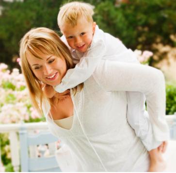 Ask a Single Woman: How Do I Keep Friendships as a Mom?