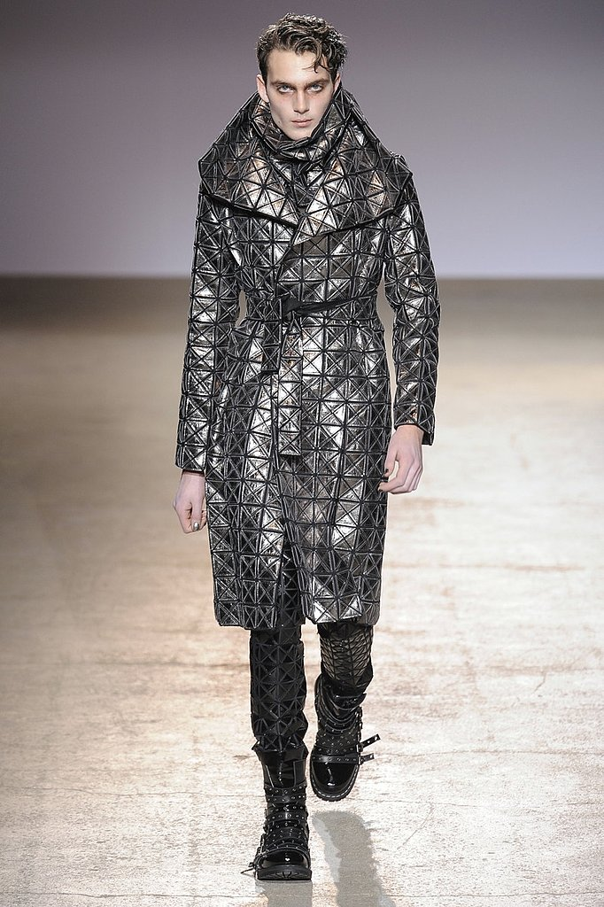 Paris: Gareth Pugh Men's Fall 2009