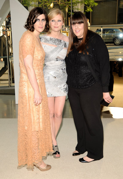 Rodarte's Kate and Laura Mulleavy with Kirsten Dunst in their design