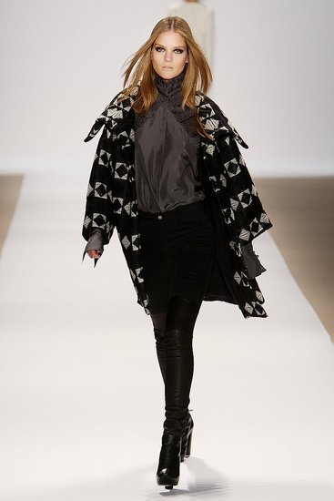 New York Fashion Week: Yigal Azrouel Fall 2009