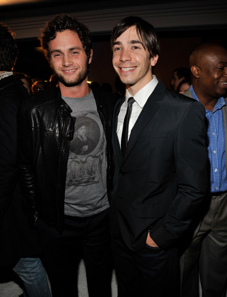 Penn Badgley and Justin Long