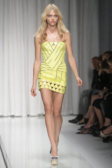Milan Fashion Week: Versace Spring 2010