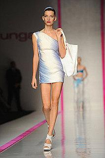 Paris Fashion Week: Emanuel Ungaro Spring 2010