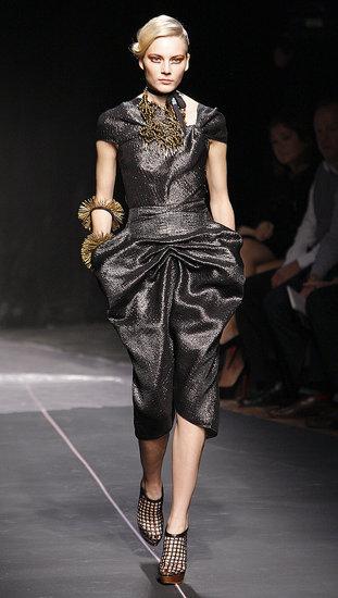Paris Fashion Week: RM by Roland Mouret Spring 2010