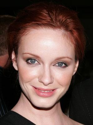 How-To: Christina Hendricks's Shimmery, Smoky Eye Makeup