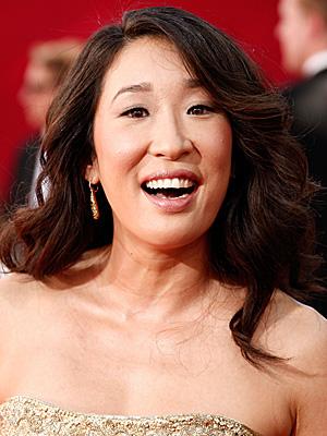 Photo of Sandra Oh at 2009 Primetime Emmy Awards