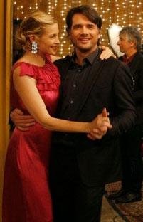 """Gossip Girl Beauty Quiz: Episode 5 """"Rufus Getting Married"""" 2009-10-13 12:00:08"""