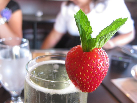 Party Fabulous: Simple Strawberry-Mint Glass Garnish