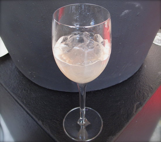 Poll: Do You Ever Drink Wine With Ice?