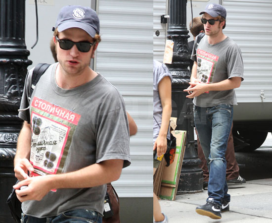 Photos of Robert Pattinson on the Set of Remember Me in NYC