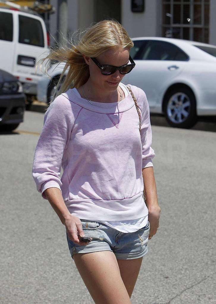 Photos of Kate Bosworth in Shorts