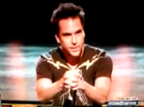 Video of Dane Cook's Vanessa Hudgens Nude Photo Scandal Joke at Teen Choice Awards