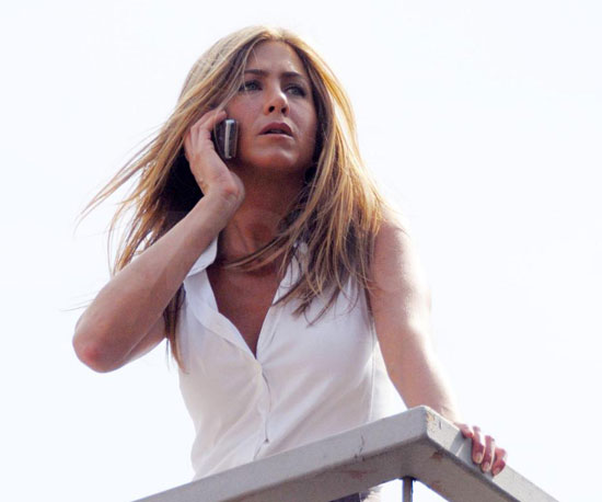 Photo Slide of Jennifer Aniston on The Bounty Set in NYC 2009-08-21 10:45:00
