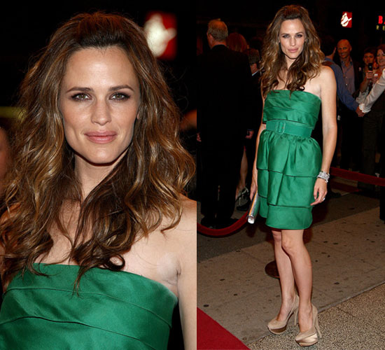 Photo of Jennifer Garner Wearing Green Oscar de la Renta Dress at The Invention of Lying Premiere at 2009 Toronto Film Festival