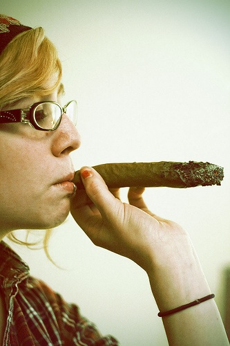New York Mom Hits the Weed to Cope With Work and Wee One
