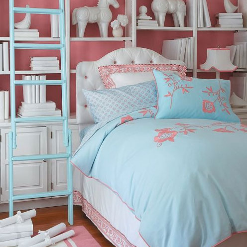 Serena and lily bedding popsugar moms for Serena and lily baby girl bedding