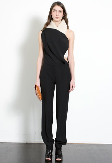 Without Martin Margiela, the Maison Carries On for Pre-Fall 2010
