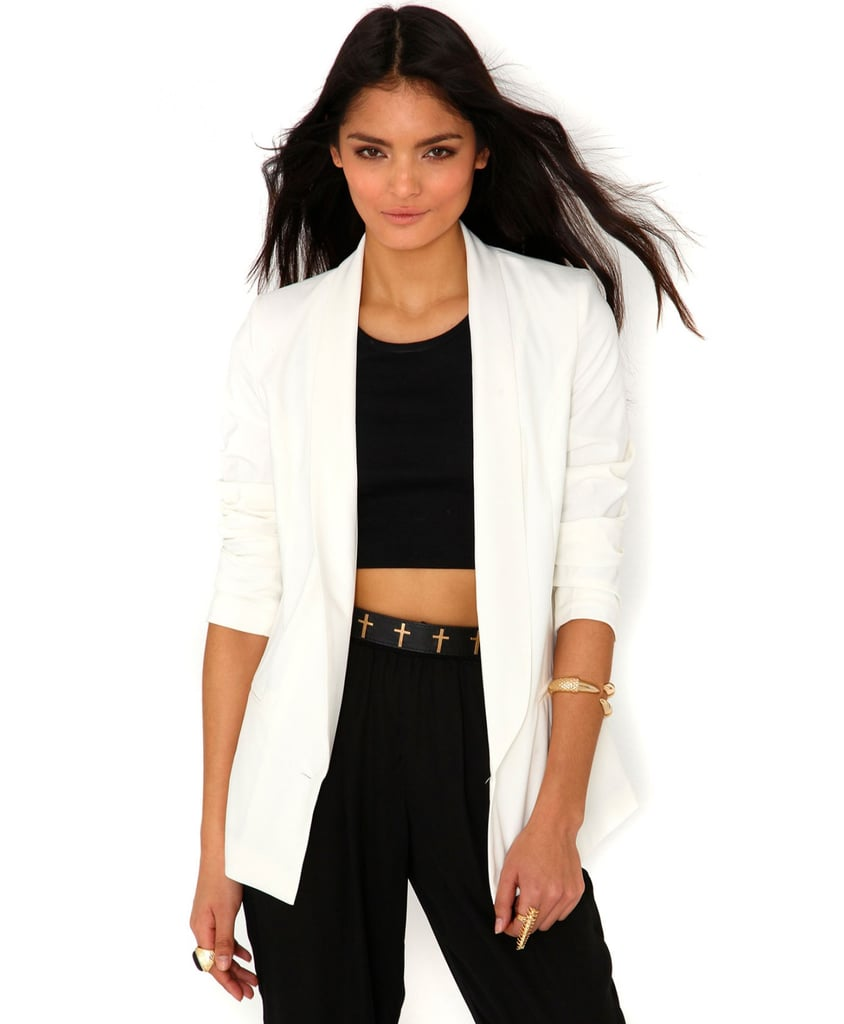 The working girl can never have too many blazers. Lengthen your torso with a longer boyfriend look ($43) like this one from Missguided.