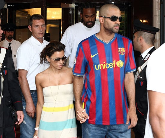 Photo Slide of Eva Longoria and Tony Parker Leaving Their Rome Hotel