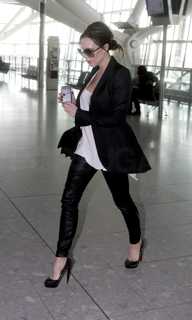 First Pictures of Victoria Beckham Pregnant at Heathrow ...