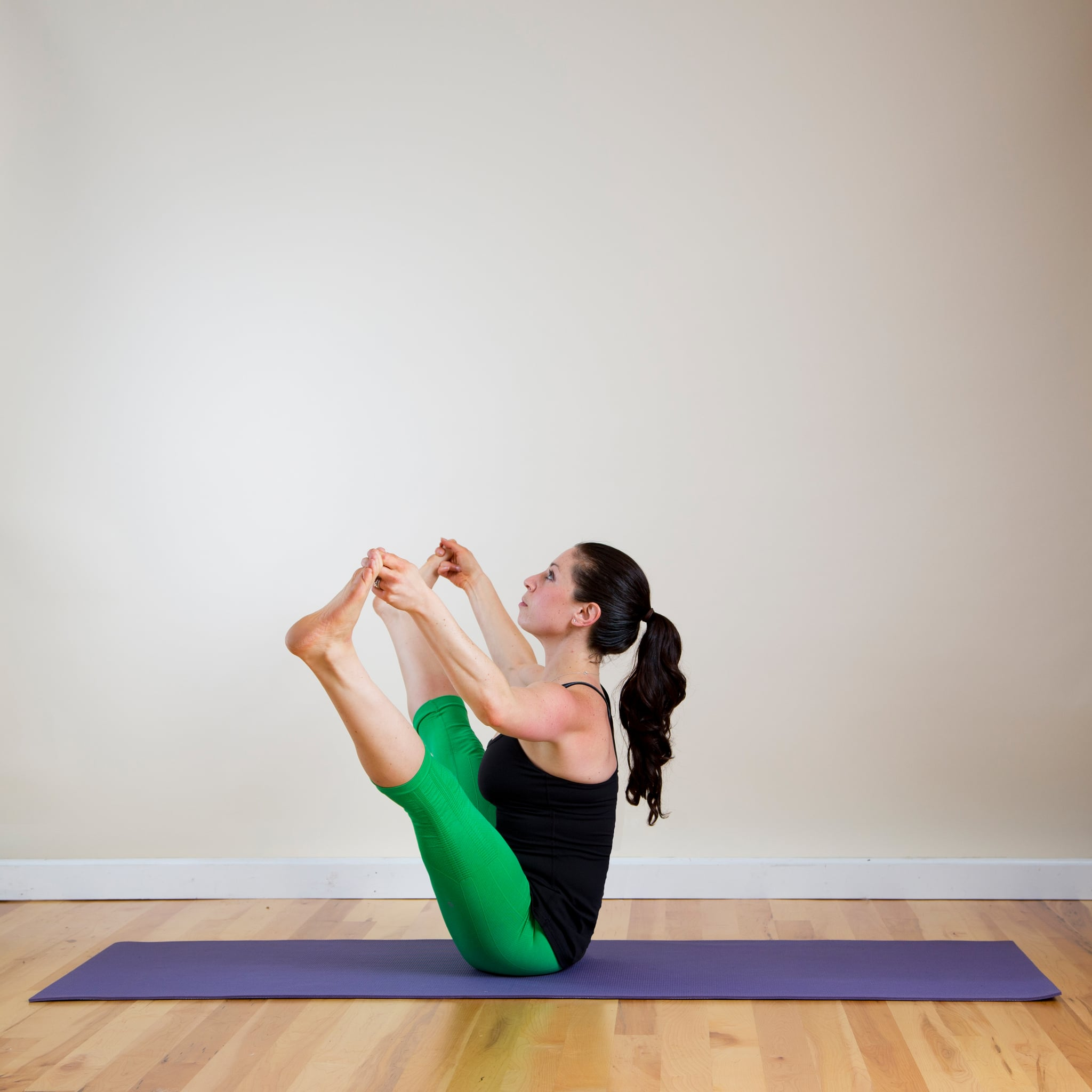 Lifted Wide Straddle