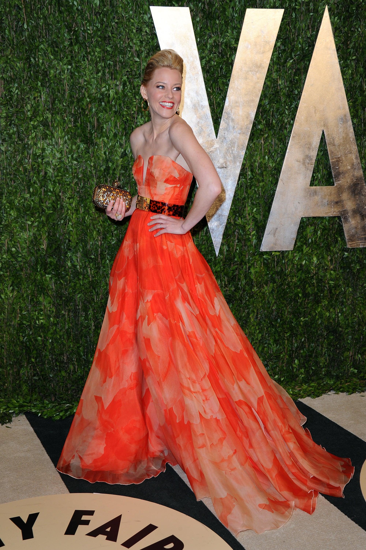 Elizabeth Banks arrived at the Vanity Fair Oscar party on Sunday night.