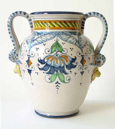 How-To: Decorating With an Ornate Vase