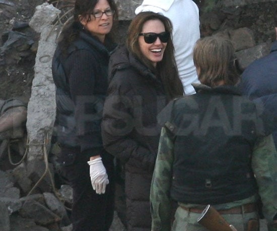Slide Picture of Angelina Jolie on Set in Hungary 2010-10-14 16:30:00