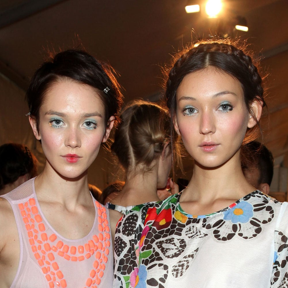 The models pose backstage before the show.